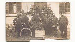 CARTE PHOTO COUPE EN BAS DETACHEMENT DE LA 12 ° SECTION PENDANT LA GUERRE 1914 - War 1914-18