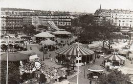 PARIS  -  Carte Photo Place De La Nation  Fête Foraine Nombreux Carrousels - France
