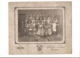 PHOTO ECOLE ST LOUIS -  SILLE LE GUILLAUME  1919-1920 - -  Photo Cie Américaine  WILSON - - Persone Identificate