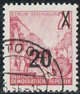 Allemagne Orientale 1955 Yv. N°194 - Plan Quinquennal - 20p S. 24p Avenue Staline à Berlin - Oblitéré - Gebruikt