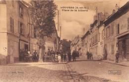 95 - Val D' Oise / Louvres - 952245 - Place De La Liberté - Louvres