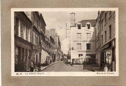 CPA - La FERTé-MACé (61) - Aspect De L'Hôtel Du Cheval-Noir Dans La Rue De La Victoire Dans Les Années 30 - La Ferte Mace