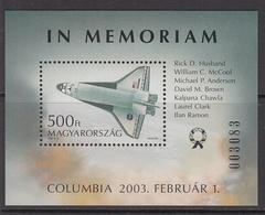 2003 Hungary Challenger Disaster Space Shuttle Souvenir Sheet  MNH - Space