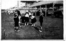 Les Sports - Joueurs De Criquet Sur La Plage - Cartoline