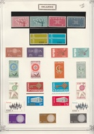 Irlande  .    1  Page  Avec Timbres     .    **    .   Neuf SANS Charniere .   /   .   MNH - 1949-... Republiek Ierland