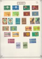 Islande  .    1  Page  Avec Timbres     .    **    .   Neuf SANS Charniere .   /   .   MNH - 1944-... Republique