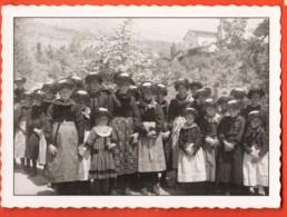 TRV-01 Ayent Fillettes En Costume, Dans Les Années 1920-1930. Non Circulé. Médiathèque Martigny, Reproduction - VS Wallis