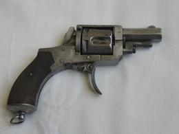 Ancien Revolver à Poudre Noir -   - Calibre à Déterminer   **** EN ACHAT IMMEDIAT **** - Armes Neutralisées