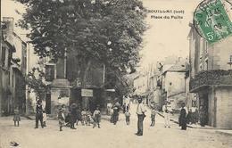 Cpa Souillac, Place Du Puits, Animée - Souillac
