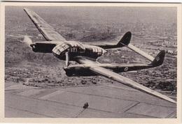 9 Sammelbilder Mit Focke-Wulf Flugzeuge - Alte Papiere