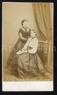 Photo-carte De Visite / CDV / Femmes / Women / Photographer H. Kennerley / Llandudno / Wales / United Kingdom - Photos