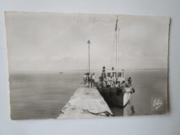 Fouras. La Fumee. Depart Du Bateau Pour L'Ile D'Aix. Chatagneau ELCE Postmarked 1961 - Fouras-les-Bains