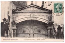 Fontenay-le-Comte - Grande Fontaine - édit. J. Garnier  + Verso - Fontenay Le Comte