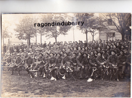 CPA PHOTO - POLOGNE - TESCHEN -CIESZYN - MILITARIA - Musique Du 15è BCA Soldats ITALIENS Et POLONAIS - 1920 Conflit POL - Pologne