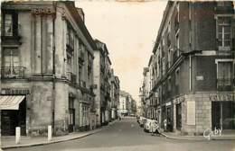 44* NANTES   Rue Bonsecours  (cpsm Petit Format)                  MA86,0134 - Nantes