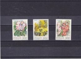 ITALIE 1983 FLEURS Yvert 1571-1573 NEUF** MNH - 1946-.. République