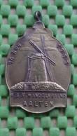 Medaille / Medal - Medaille - W.S.V Wandelvrienden Aalten 14-8-1965 - The Netherlands - Nederland