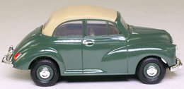 Morris Minor Convertible Almond Green. - PKW & Vierräder