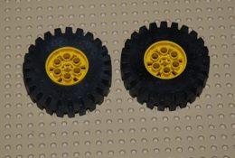 Lego Lot 2x Roue Complète Avec Jante 20x30 Pneu Noir Jante Jaune Ref 4266c02 Pneu Ref 4267 Jante Ref 4266 - Lego Technic