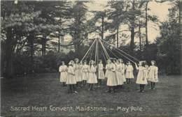 ROYAUME UNI  SACRED HEART CONVENT MAIDSTONE MAY POLE - Engeland