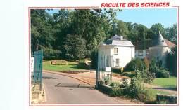 Cpm -  Orsay - Bures Sur Yvette - L 'entrée De La Faculté Des Sciences          AH858 - Bures Sur Yvette