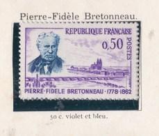 Timbre    Timbre  YT 1328 - Francia