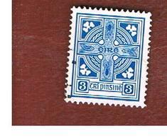 IRLANDA (IRELAND) -  SG 227  -  1967 CELTIC CROSS 3 (smaller)  - USED - 1949-... Repubblica D'Irlanda