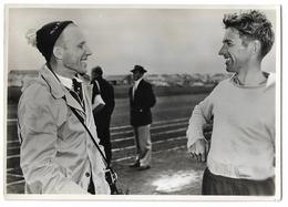 Photo 12 X 17 Cm KUZ (Udssr) Und Stephens (Australiens) (J.O. De Melbourne 1956) - Athlétisme