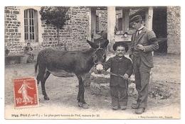 Piré, Le Plus Petit Homme De Piré - France