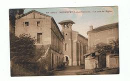 MONHEURT - 47 - RUE DU CENTRE , LE COIN DE L`EGLISE Et MONUMENTS AUX MORTS - France