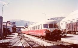 Gap. Autorail Série X 2800. Cliché Jacques Bazin. 30-09-1968 - Trains