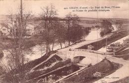 C P A 89 Yonne Le Pont De Bèze L'usine De Produits Chimiques Le Canal Les Péniches - France