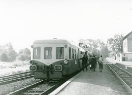 """La Forge. Autorail Série X 3800 """"Picasso"""". Cliché Jacques Bazin. 25-09-1966 - Trains"""