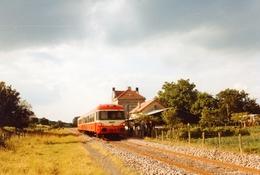 """Guebling.  Autorail """"Caravelle"""". Cliché Jacques Bazin. 24-06-1984 - Trains"""