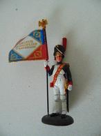 Soldat De Plomb - Porte Aigle - 1er Grenadier Garde Impériale 1811 - Guerres Napoléonniènes - Soldats De Plomb