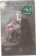 CPA COLORISEE FETE - BONNE ANNEE - Portrait D'un Jeune Homme Aux Fleurs - BES1 - - Nouvel An
