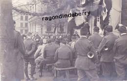 CPA PHOTO - POLOGNE - TESCHEN -CIESZYN - MILITARIA - PRETRE Célébrant La MESSE En PLEIN AIR Pour Les Soldats 1920 - Pologne