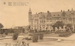 CPA - Belgique - Ieper - Ypres - Square De La Place De La Gare - Ieper
