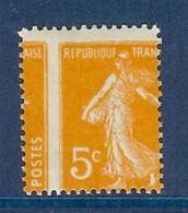 N° 158 SEMEUSE 5c AVEC SUPERBE PIQUAGE A CHEVAL * - Variétés: 1900-20 Neufs