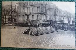 Cpa - 75 - Paris - Inondations De Paris En 1910 - Ce Qui Reste Visible De La Gare Des Invalides - La Crecida Del Sena De 1910