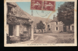 15 -- La Bastide - Du - Fau -- La Place - Frankrijk