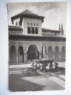 """CPSM """"Granada - La Alhambra - Patio De Los Leones"""" - Granada"""