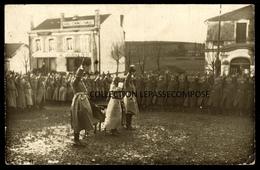 TOP TUCQUEGNIEUX - 1916 CEREMONIE ARMEE ALLEMANDE - SUCCURSALE 212 GRANDS ECONOMATS FRANCAIS - QUINCAILLERIE - LAVOIR - Other Municipalities