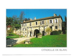 Blaye Magasin De La Citadelle Devant La Porte Royale Photo Bernard Poillot - Blaye