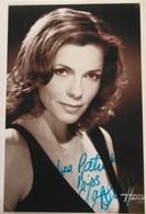 PHOTOS DEDICACEES DE  ELISABETH BOURGINE - Autographs