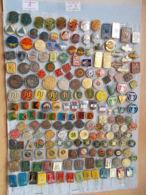 186 Znacaka, Pins - Ex Yugoslavia, Serbia, Belgrade, Seria, - Pin's