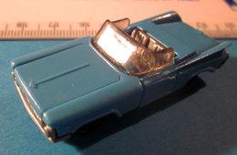 K96 N91 CAR BLU KINDER - Montables