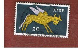 IRLANDA (IRELAND) -  SG 300  -    1971  STILYZED WINGED OX 20   - USED - 1949-... Repubblica D'Irlanda