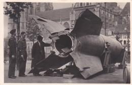 1954      694         Groenplaats, Antwerpen.Beschadigde V2 Bom. Juli 1945 (FOTO Stevens Haarlem - Guerre 1939-45