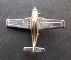 - Insigne - Broche Avion - - Aviation